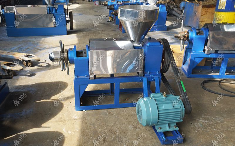 small flaxseed oil press machine at factory price